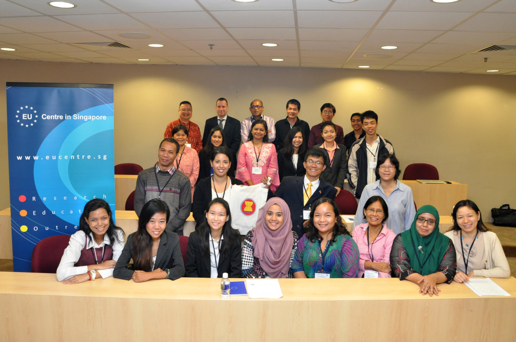 ASEAN Journalists training, Singapore, 2013