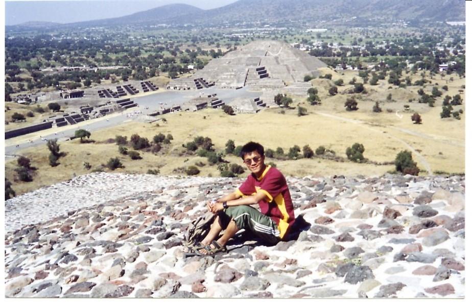 Pyramid moon and sun, Mexico, 2004