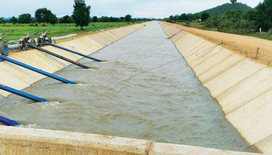 The water canal was built in 2012 in Kous Krolor district, Battambong province supported by China aid.